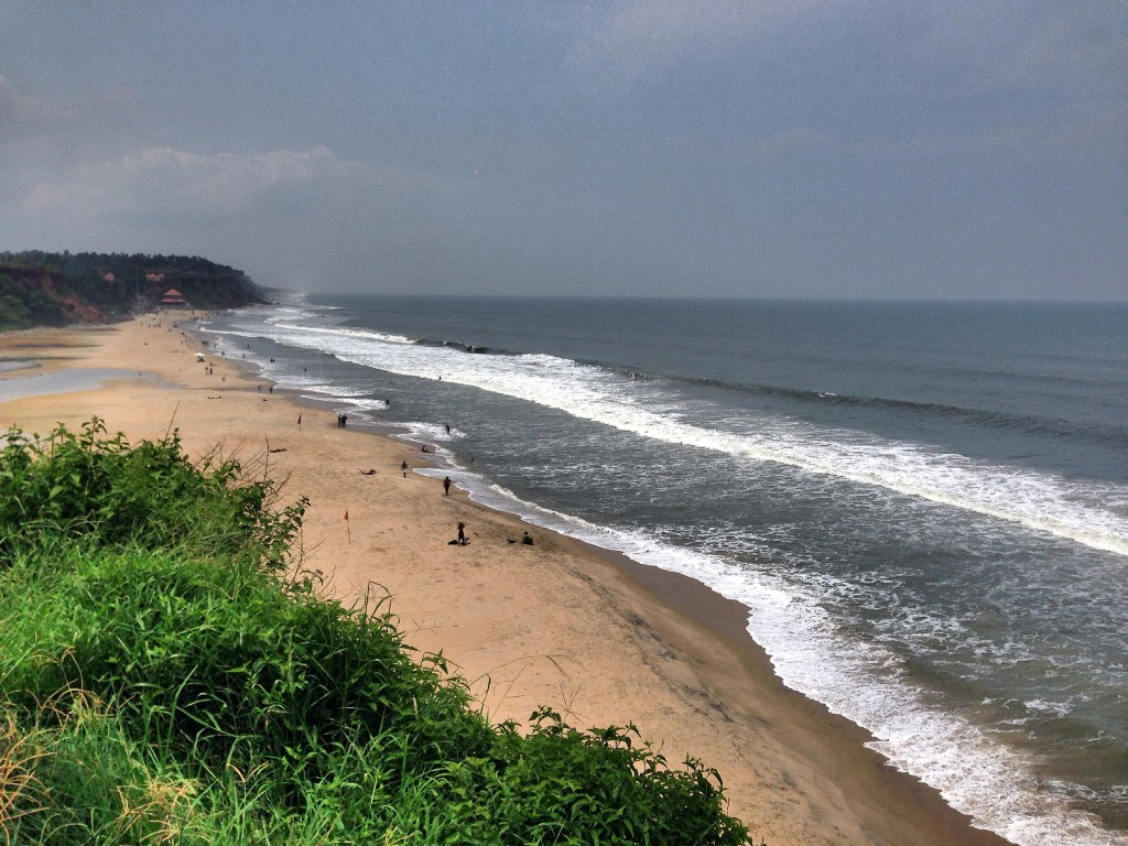 Visit Varkala for a L'il Luxury, High Cliffs, Sandy Beaches & Tandoori Fish